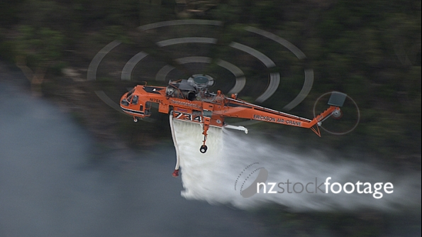 Helicopter fighting fire 5 4132