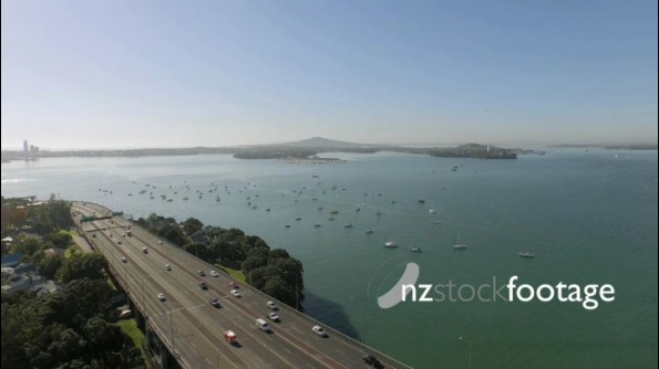 Auckland Harbour Bridge Tracking to Reveal Northcote 24831
