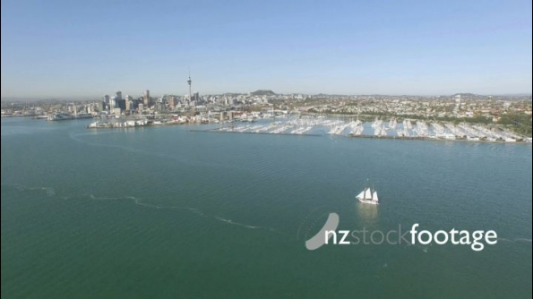 Auckland Harbour Bridge Towards City and Westhaven 1 24835