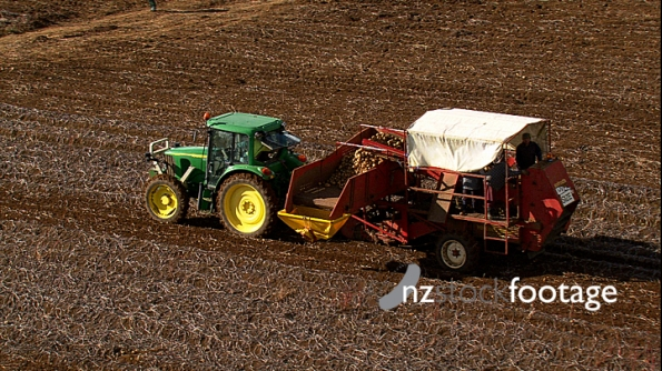 Potato Harvester Aerial New Zealand 3 4142
