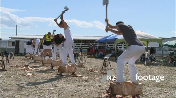Wood Chopping Competition CU 1 24669