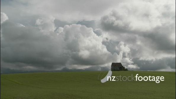 Abandoned House in Field TIMELAPSE 24633