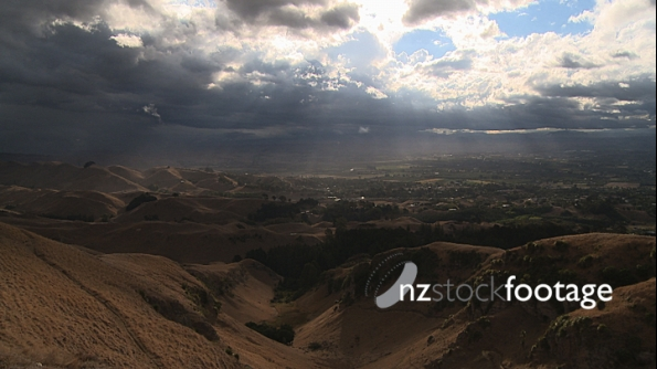 Swirling Clouds above Hills TIMELAPSE 3984