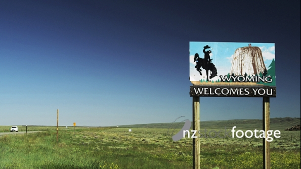 Wyoming Border Sign 3294