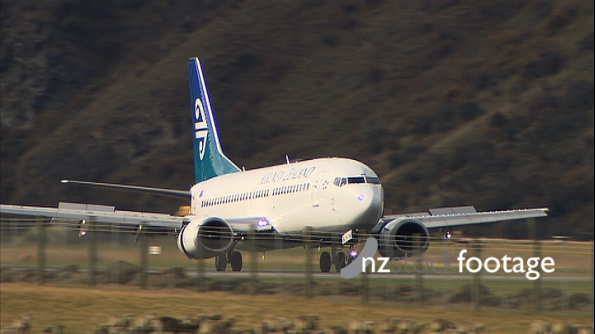 Plane Landing at Queenstown 3715