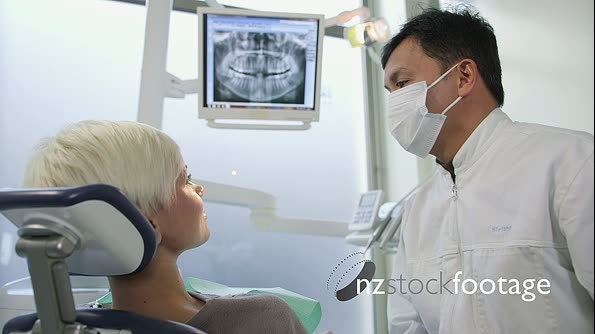 Dentist Clinic With Equipment Doctor And Patient 11614