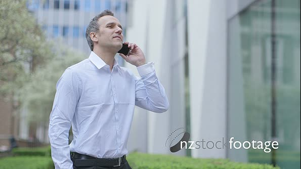 MS Business man recieves a call 15126