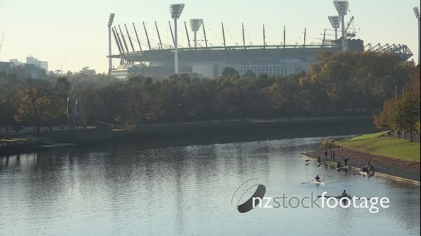 Rowers on Yarra with MCG background HD 17744