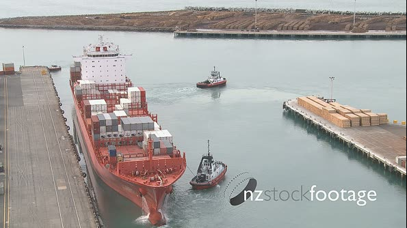 Container Ship Leaving Port Time-Lapse 8 1852