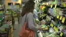 Married couple shopping for groceries (1 of 9) 21270