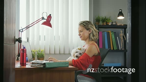 5-Portrait Business Woman Working With Pet Dog In Office 25599