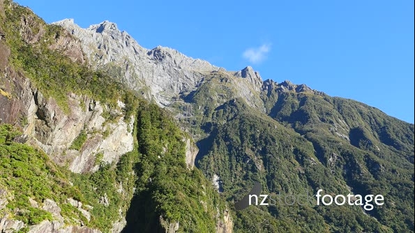 Milford Sound Cliffs 1 27213