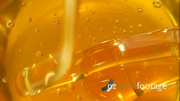 Honey Being Poured  2 27330