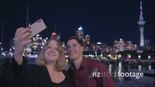Auckland Night Couple Selfie 1 28435