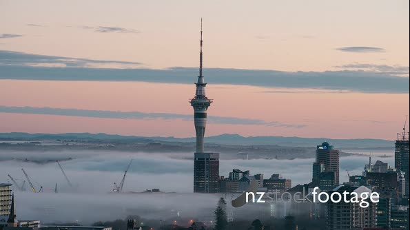 Fog surrounding the Auckland Sky Tower  29037
