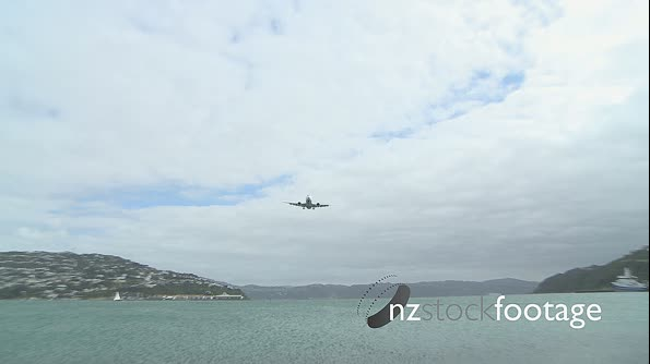 Aircraft Jet Flyover Wellington Airport 723